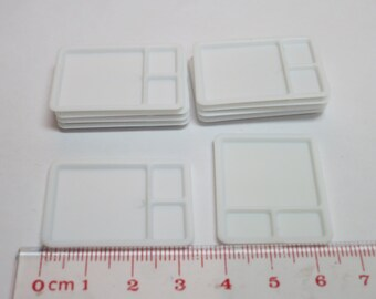 Miniature Plastic Plate 12pcs