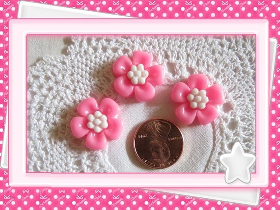 0: )- CABOCHON -( Large Kawaii Flowers Hot Pink
