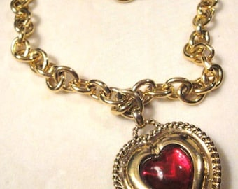Lovely 18' Heart Necklace