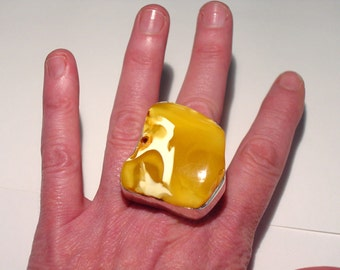 Massive Vintage Modernist Sterling Silver EGG YOLK Honey Baltic AMBER Ring