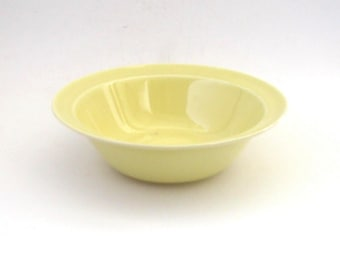 Luray Vegetable Serving Bowl  -- Persian Cream