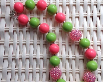 Pink and green chunky necklace.. Chunky bead necklace.. Gumball necklace.. Bubblegum necklace.. Pink chunky necklace.. Summer necklace