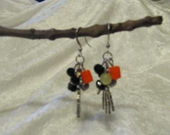 Halloween Skeleton Hand earrings