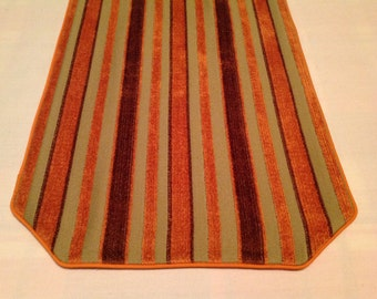 Table Runner with Fall Colors in Chenille