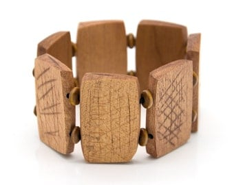 """Wooden bracelet. 2-in-1 Reversible. Reclaimed wood. Recycled. Eco friendly. Wood jewelry. Elastic bracelet. Stretch. Size: 7 1/16"""" (18 cm)"""