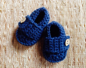 Crocheted baby shoes, baby booties, baby loafers, baby gift