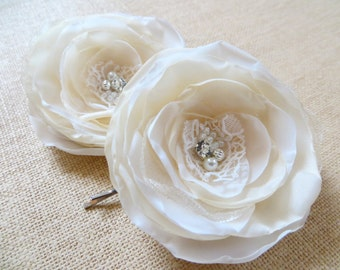 Ivory, cream wedding bridal flower hair clips (set of 2), bridal hair accessories, bridal floral headpiece, wedding hair accessory