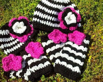black and white stripe legwarmer hat set
