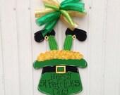 St. Patrick's Day door hanger,St.Patrick's wreath, Shamrock door hanger,wooden door hanger,St.Patrick hat door decor,trendy door decor