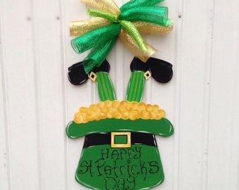 st patricks day door hangerstpatricks wreath shamrock door hanger - St Patricks Day Decorations