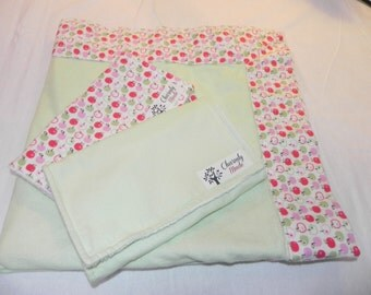 Apples Cotton Print Flannel baby blanket with two burp cloths