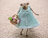 Shabby Chic Rat-Knitted Rat/Mouse-Home Decoration-Fun Summer Gift-Bridesmaid-Flower Girl-Soft Toy-Pastel Mint Green-UK