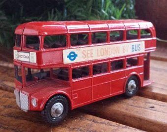 Lone Star – ROUTE MASTER BUS (London Double Decker Bus) #271