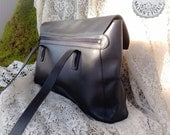 Simple Coach Elegance / Large Coach messenger bag made in Italy / Rare black Coach calfskin / Vtg 90s Coach laptop bag / Fully lined Coach