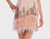 Robe en Sequin et plume, Sequin Dress with feather
