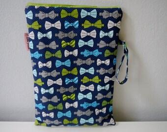 Extra Large Wet Bag | Cloth Diaper Wet Bag | Swimsuit Bag | Waterproof Bag | Wet Dry Bag | Cloth Keeper | Beach Wet Bag | Gym Bag