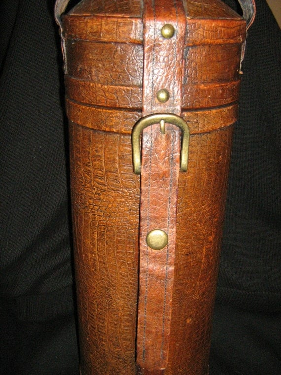 Leather Wine Carrier >> Vintage leather wine carrier/case this is just gorgeous