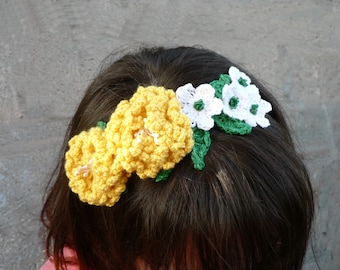 Crochet Hair hoop with beautiful yellow and white flowers - Hair accessory - Hand made