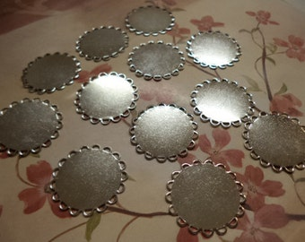 22mm round silvertone lace edge flat bases cabochons cameos settings 12 pieces lot l