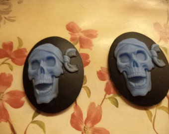 40mm x 30mm oval resin cameo of laughing pirate cabochon blue on black 2 pc lot End of stock lot l