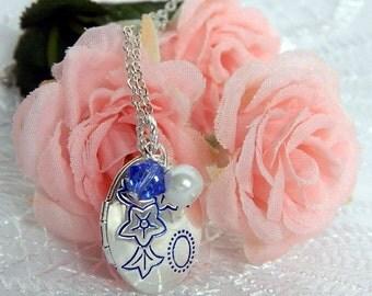 Little Girls Locket, Locket Necklace, Flower Girl Necklace, Flower Girl Jewelry Engraved Locket, Blue Locket, Personalized Jewelry