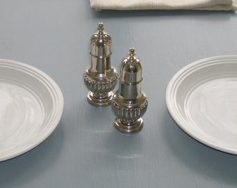 Salt and Pepper Shakers/ Salt & Pepper Shakers/ Silver Plated