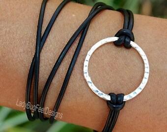 Boho LEATHER Wrap Infinity Circle Bracelet - Silver Infinity Circle Triple Wrap Natural Leather w/ Extension Chain - Usa - Ref 88