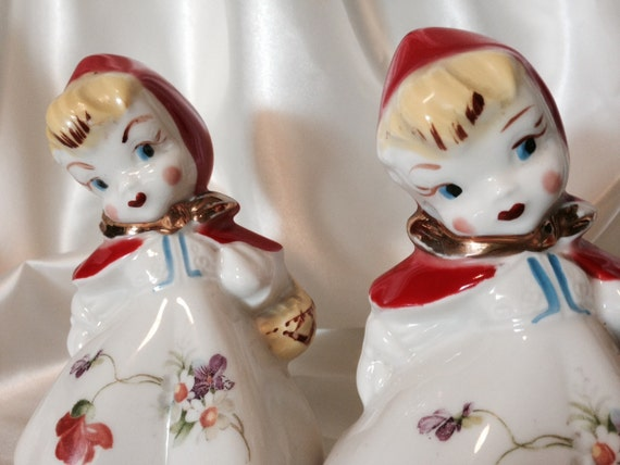 Salt And Pepper Shakers Large Little Red Riding Hood Hull