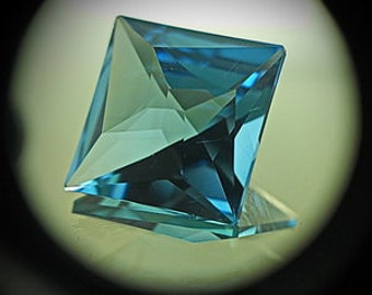 Blue Topaz | 8.50ct | Precision Cut | Gorgeous Square Design Mirror Type Flash come through Very Thin Design Compared To The Other Designs
