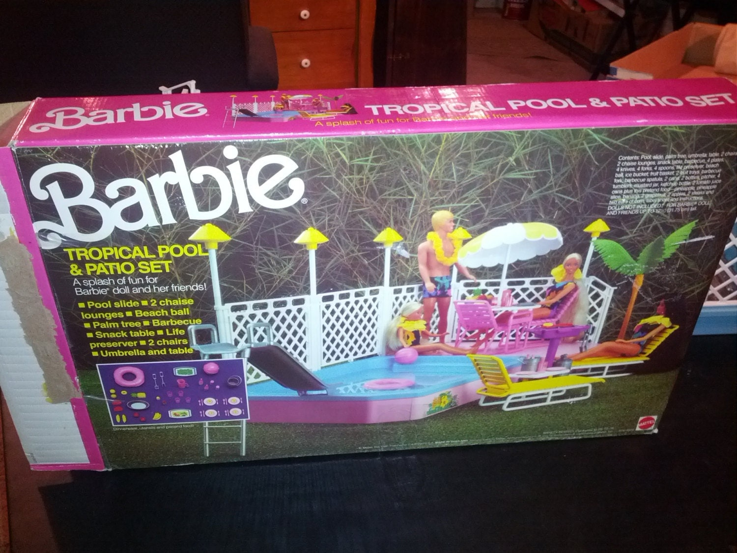 Rare vintage 1986 barbie swimming pool tropical pool and for Barbie chien piscine