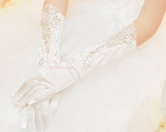 Bridal Gloves, White Lace Floral Bridal Fashion Gloves, Wedding Gloves, Wedding Accessory BG0008