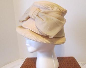 Vintage Straw Ladies Hat