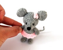 miniature mouse, stuffed ballerina mouse, handmade tiny mouse, little ballerina animal doll, amigurumi mouse grey pink, crochet tiny mouse