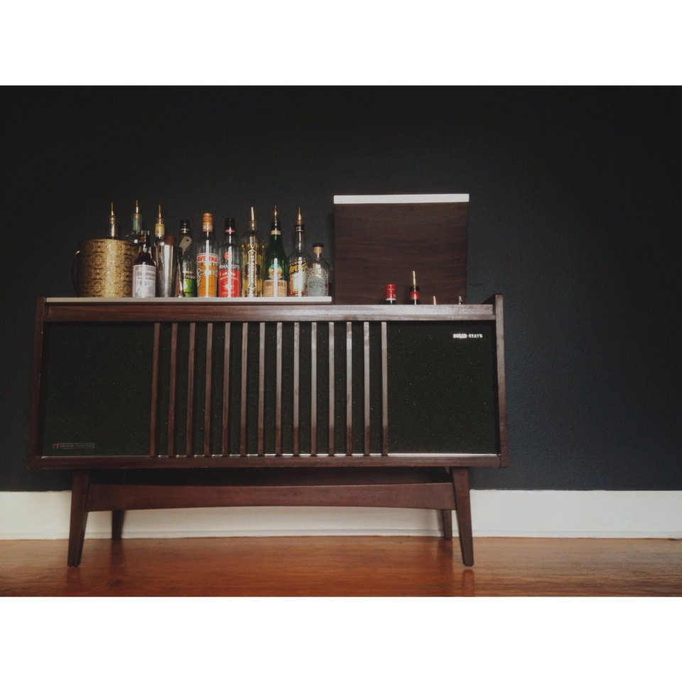 Modern Home Bar Cabinet: Mid Century Bar And Liquor Cabinet