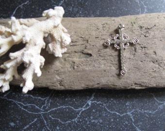 Silver Tone Cross Rhinestones and Filigree Detailing Pendant