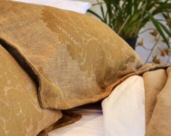 Luxurious linen, lined with bronze linen velvet bedspread bedcover