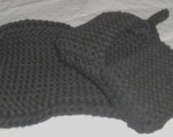 A pot holder and pot/grill mitt is a great help in the kitchen or at the BBQ