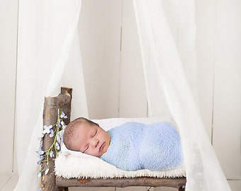 Instant Download! Newborn prop bed digital backdrop! Very easy to use! Looks very realistic!