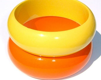 80s Electrifying Canary Yellow and Coquelicot High Gloss Wood BANGLE BRACELETS ~ Set of 2