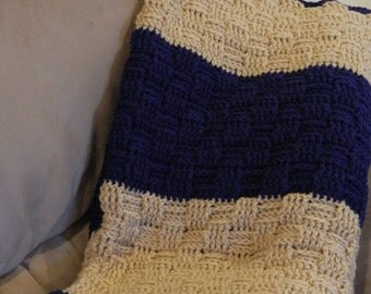 Queen/Full Comforer Size - 6.5 x 7.5 feet -Crochet blanket - Blue and Tan