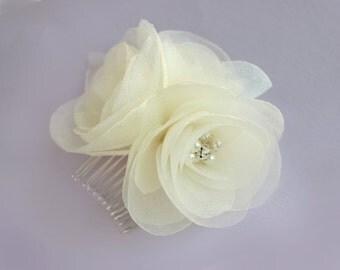 Bridal comb  Wedding hair accessories fascinator Pearls rhinestones Ivory
