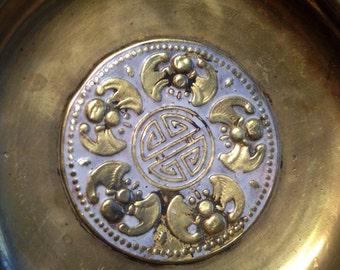 Vintage Gold Tone Jewelry or Trinket Dish