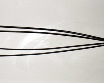 Early 1900s Primitive Wire Rug Beater with Wooden Handle
