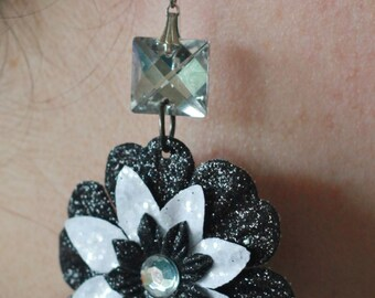 Paper flower with square gemstone