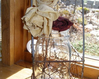 "Wire Basket ""French"" Cruet Caddy"