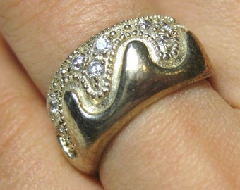 Wave clear crystal vintage sterling silver band ring size 6.5