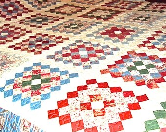 Christmas Quilt Queen Size -Handmade Traditional Quilt- Wedding Gift- Home Decor-