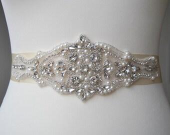 Luxury Pearls Crystal Bridal Sash,Wedding Dress Sash Belt,  Rhinestone Sash,  Rhinestone Bridal Bridesmaid Sash Belt, Wedding dress sash