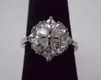 Woman's Vintage Estate .925 Sterling Silver Ring W/ CZs 4.02g E1270
