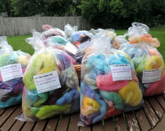 SALE 2oz 56g Felters Bulk Wool Roving Fiber Rainbow Colors Hand Dyed Spinning Felting Felt Bags Wool Art Blue Green Purple Yellow Orange